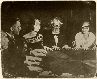 Old fashioned seance